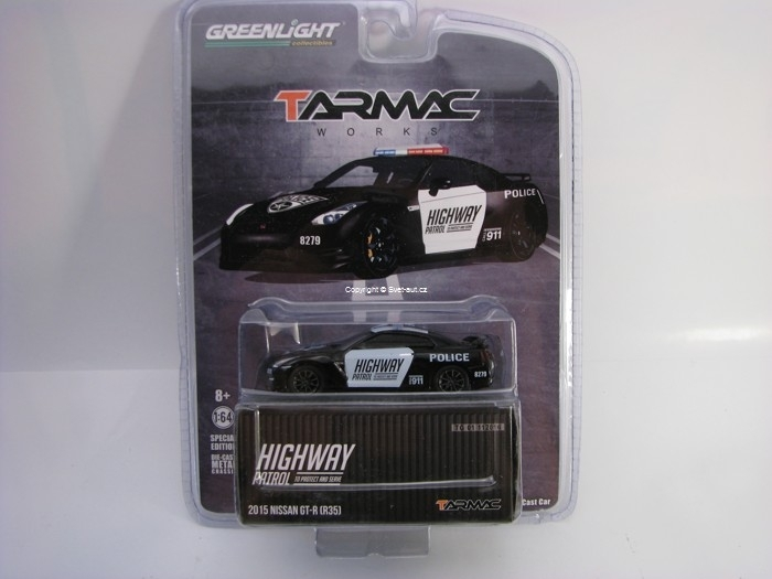 Nissan GT-R R35 2015 Highway Patrol Tarmack 1:64 Greenlight