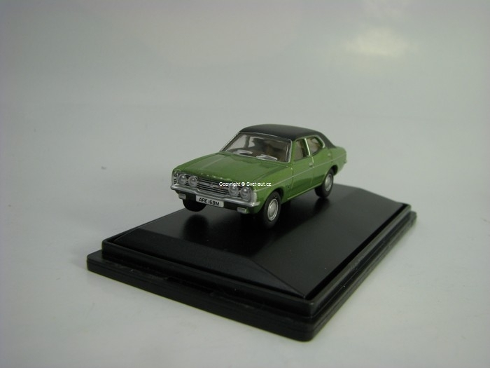 Ford Cortina MKIII Onyx Green 1:76 Oxford